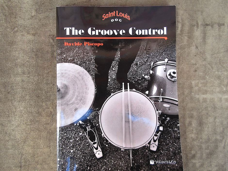D. PISCOPO, The groove control.